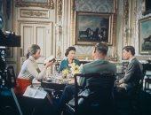 صور من فيلم وثائقى عن العائلة المالكة البريطانية عرض مرة واحدة فى 1969