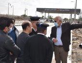 محافظ بورسعيد يتفقد تطوير منفذ النصر الجمركى لبدء التشغيل