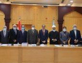 مجلس جامعة الأزهر يشدد على ضرورة الالتزام بإجراءات مواجهة كورونا
