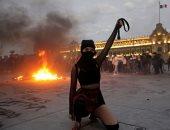 احتجاجات فى المكسيك على جرائم العنف ضد المرأة.. صور