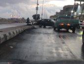 هطول أمطار على سواحل شمال سيناء والمحافظة ترفع درجة الاستعداد.. صور وفيديو