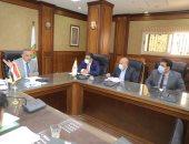 محافظ سوهاج يترأس اجتماع لجنتى مراجعة تراخيص البناء والاشتراطات البنائية
