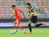 أحمد حجازى يقود دفاع الاتحاد أمام الشباب بنصف نهائي البطولة العربية