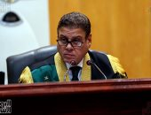 المحكمة لمتهمى أحداث مجلس الوزراء: لا تقولوا أنكم حقوقيون.. أنتم منتفعون قابضون (فيديو)