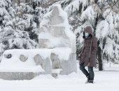 تساقط الثلوج يفسد الاحتفال بأعياد الميلاد فى بلغاريا .. ألبوم صور