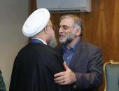 إيران تنشر صورا نادرة للعالم النووى المغتال مع روحانى أثناء تكريمه