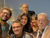 """بعد 10 سنوات من عرضه.. آسر ياسين يستعيد ذكرياته مع فريق فيلم """"رسائل البحر"""""""