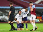 أستون فيلا يسقط أمام وست هام بالدوري الإنجليزي وإصابة قوية لتريزيجيه.. فيديو