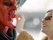 تايلور سويفت تشارك فى قصة حب الشيطان بتوقيع من ريان رينولدز