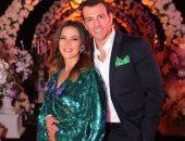 دنيا سمير غانم لزوجها فى عيد ميلاده: يارب دعوات بابي ومامي تكون من نصيبك