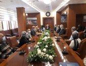 محافظ بورسعيد يستقبل وفد جهاز تنمية المشروعات لمناقشة مشروعات المرحلة الثانية