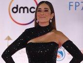 """أمينة خليل ونسرين طافش وجميلة عوض بفساتين مثيرة على ريد كاربت """"حظر تجول"""""""