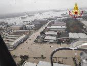صور.. فيضانات عارمة تضرب شمال إيطاليا والسلطات تعلن الإنذار الأحمر