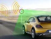 إشارات مرور ذكية تحذر السائقين من المخاطر والحوادث على الطرق