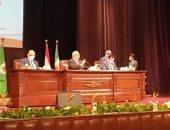 رئيس جامعة القاهرة يؤكد إصدار الميثاق الأخلاقى لأعضاء هئية التدريس قريبا