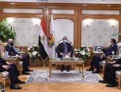 اليوم السابع يستدرك خطأ ورود اسم وزير الداخلية السابق بدلا من اللواء محمود توفيق باحتفالية مكافحة الفساد