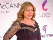 ليلى علوى بفستان أسود جذاب فى ختام مهرجان القاهرة السينمائى