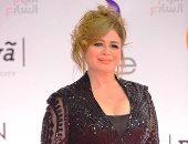 ليلى علوى وهالة صدقى وكارول سماحة يهنئن إلهام شاهين بعد جائزة أحسن ممثلة