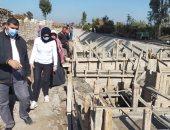 نائب محافظ القليوبية تتفقد مشروع تبطين الترع بمدينة بنها