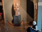 الأقصر تحتفل بالذكرى الـ45 لافتتاح متحف الأقصر أكبر مجمع للقطع الأثرية.. افتتحه السادات عام 1975 وشهد أول وأضخم عملية تطوير عام 1984.. ويضم مئات القطع الفرعونية النادرة لملوك الحضارة المصرية القديمة.. صور
