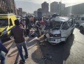مصرع شخصين وإصابة 5 أخرين نتيجة تصادم سيارة مع تروسيكل على طريق القنطرة نويبع