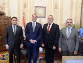 الأمين العام لمجلس النواب يستقبل نظيره العراقي ويرافقه فى جولة بأروقة البرلمان