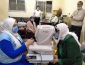 الكشف وتوفير العلاج لـ500 مواطن خلال قافلة طبية فى بنى سويف