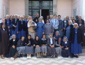 مطران الكاثوليك بالأقصر يلتقى راهبات الإيبارشية.. صور