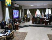 محافظ جنوب سيناء يجتمع بالمجموعة الإقتصادية لمتابعة الموقف المالى للمشروعات