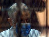 """النيابة خلال محاكمة محمود عزت فى قضية التخابر: """"المتهم ضليع فى الإرهاب"""""""