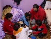 محمود أب وأم لـ5 أطفال بعدما هجرته زوجته بسبب فقد البصر (فيديو)
