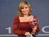 """لميس الحديدى تحصد جائزة أفضل إعلامية عن برنامج """"كلمة أخيرة"""" من دير جيست"""