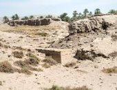 """حكاية المقبرة الملونة فى """"نخن"""" أقدم مدن مصر القديمة بعد ترميم جدارنها"""