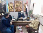 رئيس منطقة الإسكندرية الأزهرية يستقبل متبرعين بقطعة أرض لبناء مجمع أزهري