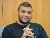 رامى صبرى: مش هتعامل مع عزيز الشافعى عشان بيودى الأغانى بتاعتى لـ عمرو دياب