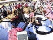 الكويتيون يشيعون الشيخ ناصر صباح الأحمد إلى مثواه الأخير