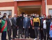 محافظ بورسعيد يطلق اسم الشهيد عبد الغنى الزينى على مدرسة القابوطى.. صور