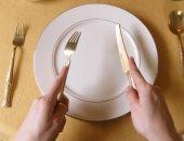 """فتوى لوكيل الأوقاف الأسبق: تعمد الزوجة عدم تحضير الإفطار وضياع """"شرابات"""" الزوج يوقعها فى الإثم (تحديث)"""