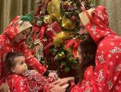 محمد صلاح يحتفل مع أسرته بالكريسماس فى ظهور نادر لزوجته.. صور