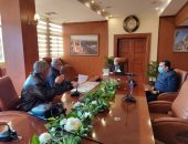محافظ بورسعيد يتابع سير العمل بالمشروعات الخدمية الجارى تنفيذها