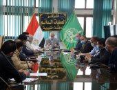 محافظ القليوبية يعقد اجتماعا لمتابعة خطة مواجهة انتشار فيروس كورونا