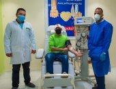 الإعلامى رامى رضوان يتبرع ببلازما المتعافين من كورونا للمركز القومى للدم