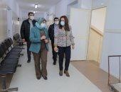 محافظ دمياط تتفقد مستشفى الحميات وعزبة البرج ومخزن الأدوية.. صور