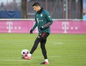 بايرن ميونخ يستأنف تدريباته استعدادا لعودة الدوري الألماني.. صور