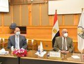 محافظ أسيوط يشدد على الالتزام بالإجراءات الاحترازية بالجامعة