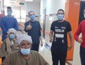 تعافى وخروج 3 حالات كورونا من مستشفى العديسات بالأقصر