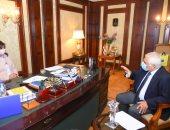 وزيرة الهجرة تستقبل خبيرا مصريا بالخارج لتوطين مكونات السيارات فى مصر