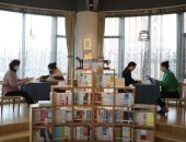 التنين الأصفر يقرأ.. 8 كتب للفرد معدل القراءة فى الصين العام الماضى.. أدب الرومانسية والخيال والرحلات شكلت أكثر الكتب شعبية لدى القارئ الصينى.. المكتبات تزداد بصورة ملحوظة.. والمنصات الإليكترونية تزاحم