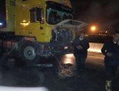 مصرع شخص وإصابة 9 آخرين فى تصادم ميكروباص مع سيارة نقل فى السويس