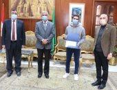 رئيس جامعة المنوفية يكرم الفائزين فى مسابقة الطالب المثالى